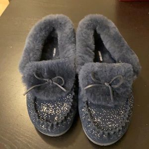 Lands End slippers